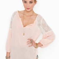 Jardin Lace Blouse in Blush