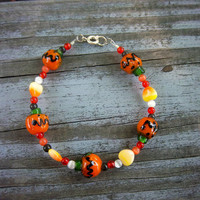 Halloween Jack o'Lantern Glass Bead Silver Wire Bracelet Christmas in July