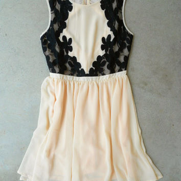 Lace Fleurs Dress [5858] - $42.00 : Vintage Inspired Clothing & Affordable Dresses, deloom | Modern. Vintage. Crafted.