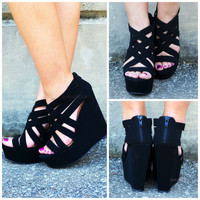 Crossroads Black Strappy Wedges