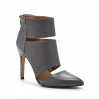 Sole Society Wynn Pointed Toe Heel