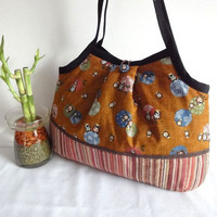 Japanese Kimono Pattern Granny bag purse happy owl by MofLeema