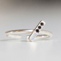 ESTHER KNUCKLE RING by bande des quatres for Of a Kind