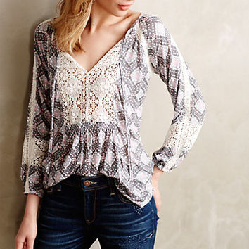 Diamondstitch Peasant Top