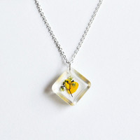 Pressed Flower Necklace Real Flower in Resin by LOVEnLAVISH