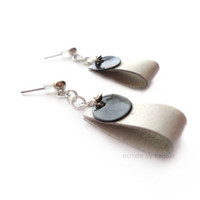 White Leather Earrings with Black Shell Discs by NOTONbyRaquel