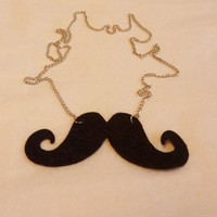Black smile Mostache necklace silver colour long by NiceStuds