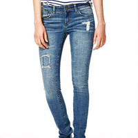 Jayden Mid-Rise Skinny Jeans in Nightingale Patch