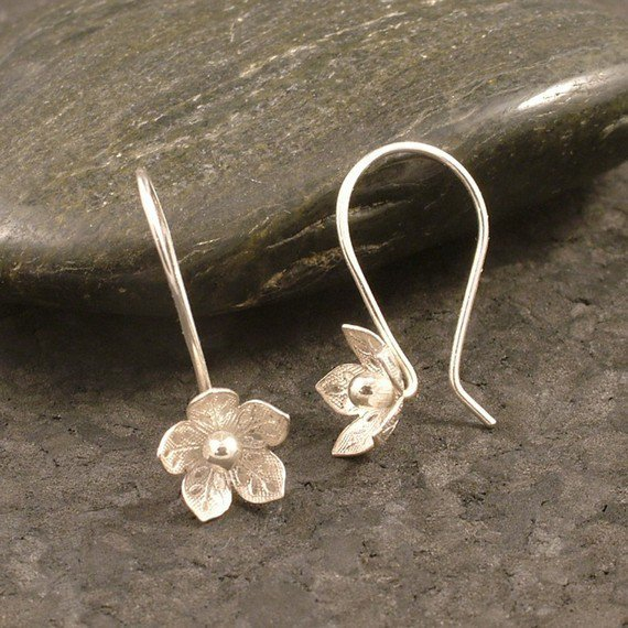 Silver Flower Earrings / Feminine Charm / Sterling by MetalRocks