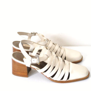 90s white woven leather chunk heel sandals 6 7