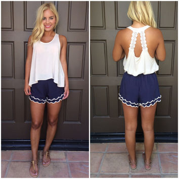 Arianna Double Layer Scallop Shorts - NAVY