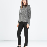 TWO-TONE SQUARE CUT JUMPER