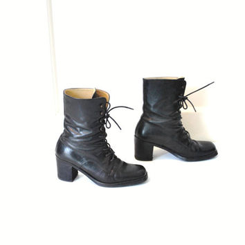 size 8 black lace up boots / minimalist GOTH military chunky platforms
