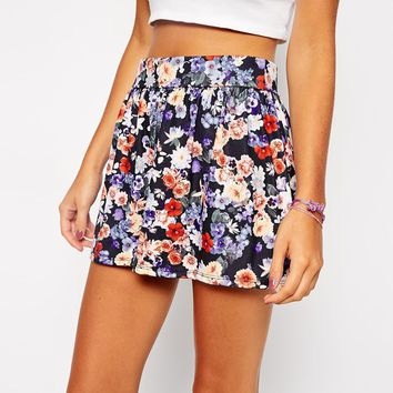 ASOS PETITE Exclusive Cullottes in Dark Floral Print