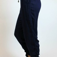 Ellie Crop Joggers in Navy | YA Los Angeles