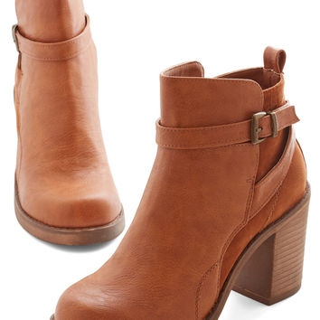 Stride and Chic Bootie | Mod Retro Vintage Boots | ModCloth.com
