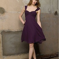 Buy discount Stunning Chiffon A-line Sweetheart Short Bridesmaid Dress at dressilyme.com