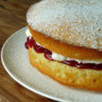 victoria sponge cake ? Eating for England