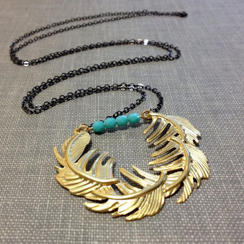 gold feather necklace // long layering necklace // mixed metal necklace // boho necklace // gold wreath necklace // aqua blue