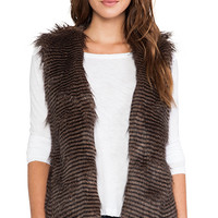 Jack by BB Dakota Macklin Faux Fur Vest in Brown