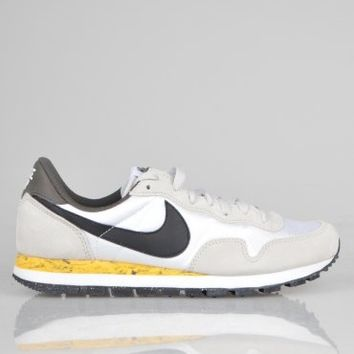 Nike Air Pegasus 83 - White