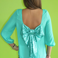 Shimmering Bow: Mint