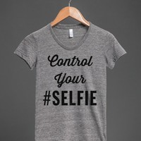 control your selfie