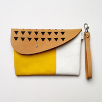 CLUTCH with detachable strap // iPad Mini Case // skin tone yellow white