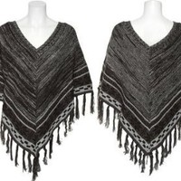 ROMEO &amp; JULIET COUTURE Sweater Knit Poncho [RJ21964R]