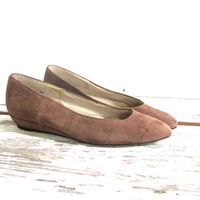 vintage 80s buff brown suede flats. women's slip ons. size 7.5