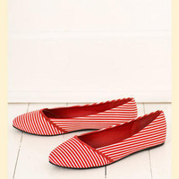 Sail Away Flat - Francesca's Collections