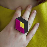 Cuboid Ring by Ocular made in Verenigd Koninkrijk (UK) on CrowdyHouse