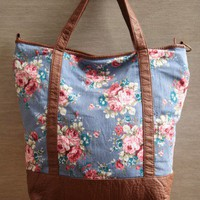 Katherine Chambray Floral Tote | Modern Vintage Purses