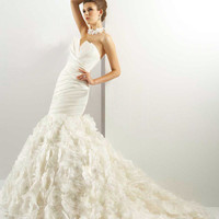 Lace Flowers Court Mermaid Bridal Gown Wedding Dress