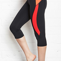 Triple Blocked Performance Capris