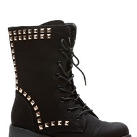 Black Stud Queen Lace Up Combat Boots @ Cicihot Boots Catalog:women's winter boots,leather thigh high boots,black platform knee high boots,over the knee boots,Go Go boots,cowgirl boots,gladiator boots,womens dress boots,skirt boots.