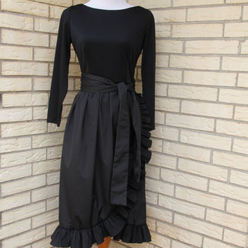 1980s Victor Costa Little Black Dress Knee Length Ruffles Cocktail Medium