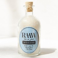 Raaw In A Jar Detox Bath - Urban Outfitters