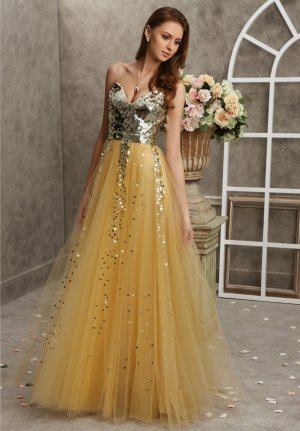 A-line Sweetheart Sequined Tulle Floor-length Dress at Dresseshop