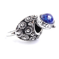 Vintage Poison Ring -  Adjustable Silver Tone Blue Speckled Stone Ring / Secret Compartment