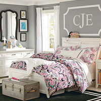 Teenage Girl Bedroom Ideas | Neutral Colors