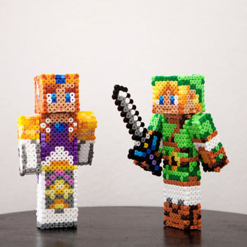 The Legend of Zelda characters Link and Zelda figures. Custom skins.