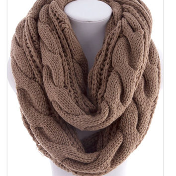 Hand Knit Infinity Scarf  Men Scarf Unisex Brown  Scarf  Soft Chunky  Winter Neckwarmer Gifts for Him - By PiYOYO