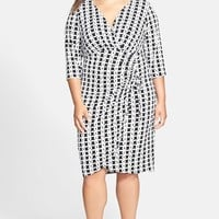 London Times Print Side Ruched Matte Jersey Dress (Plus Size)
