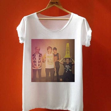5 second of summer  5 sos player name  best seller customized for T Shirt Mens and T Shirt Girls