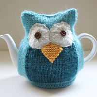 Owl Tea Cosy - TAYLOR - in Merino wool and Alpaca mix - by Tafferty Designs - Size Medium - Ready to Ship