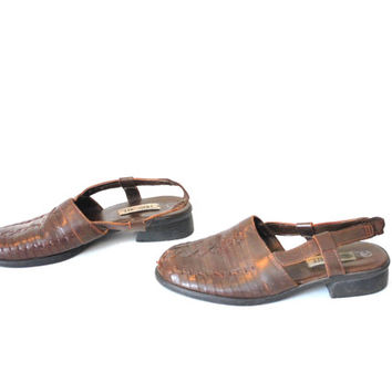 size 8 woven leather slingbacks / HUARACHES brown leather BOHO chunk heel mules closed toe sandals