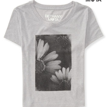 DAISY CROP GRAPHIC T