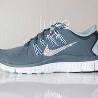 NEW Stock NIKE run free 5.0 running shoes w/Swarovski Crystals detail - Grey