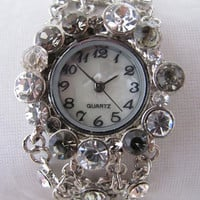 Unique Stylish Lady Crystal Bracelet Wrist Watch. Orlogin&#x27;s Style. 30% Off - 59 Dolars Only. FREE SHIPPING